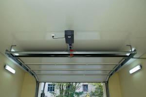 Quelle s curit pour votre porte de garage metz for Alarme porte de garage basculante